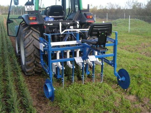 Hidraulinė šaknų pakirtimo mašina
